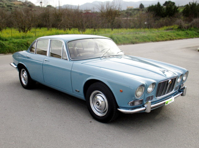 JAGUAR XJ6 2.8 FIRST SERIES (1971) RESTORED For Sale (picture 1 of 6)