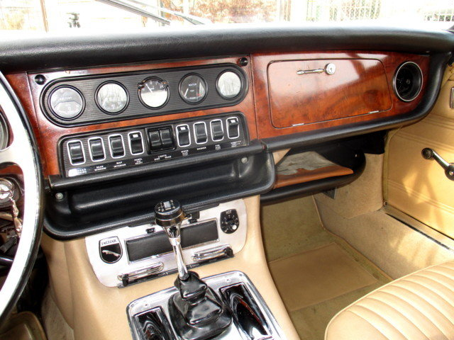 JAGUAR XJ6 2.8 FIRST SERIES (1971) RESTORED For Sale (picture 6 of 6)