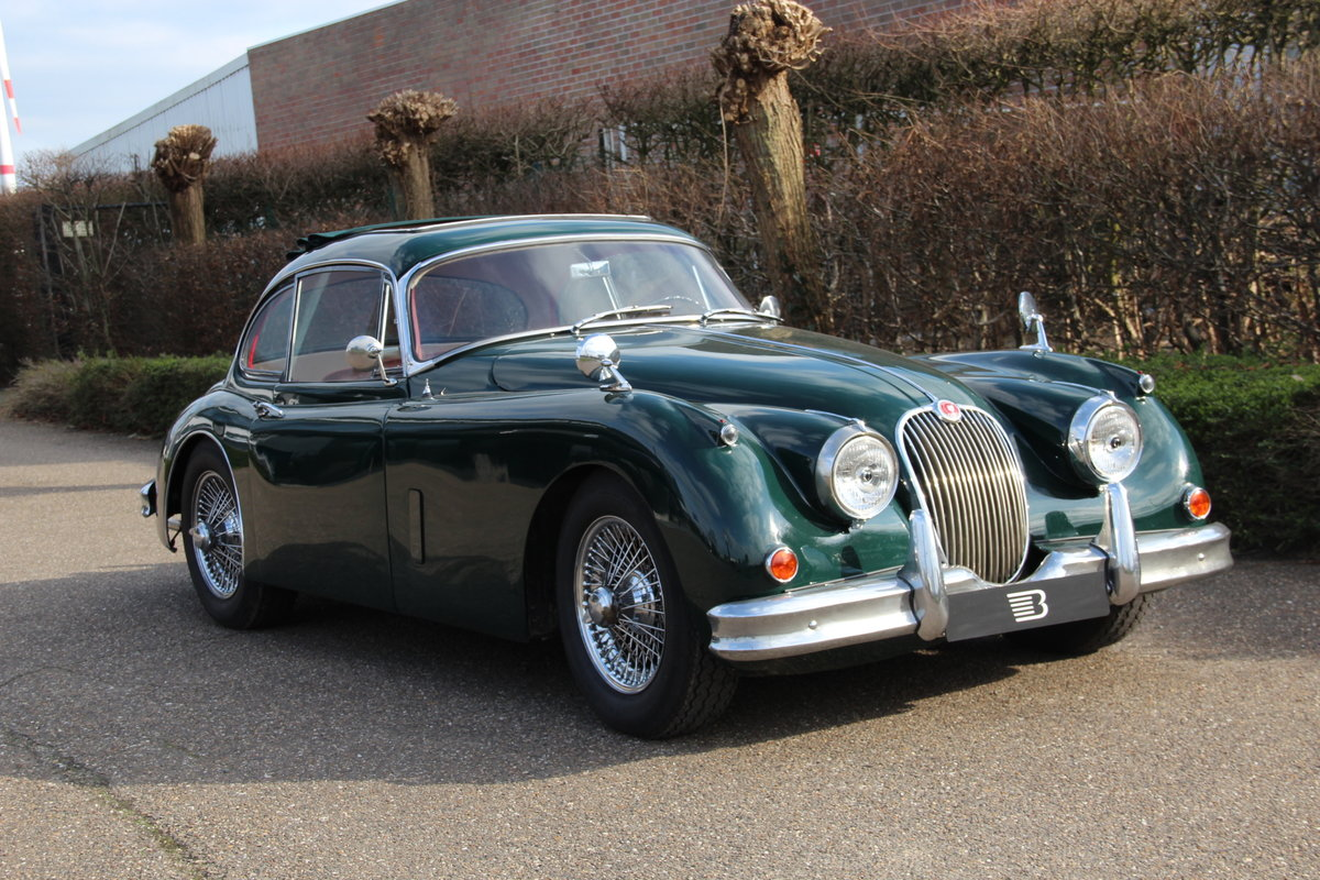 1957 Authentic beautiful Jaguar XK150 FHC For Sale (picture 1 of 6)