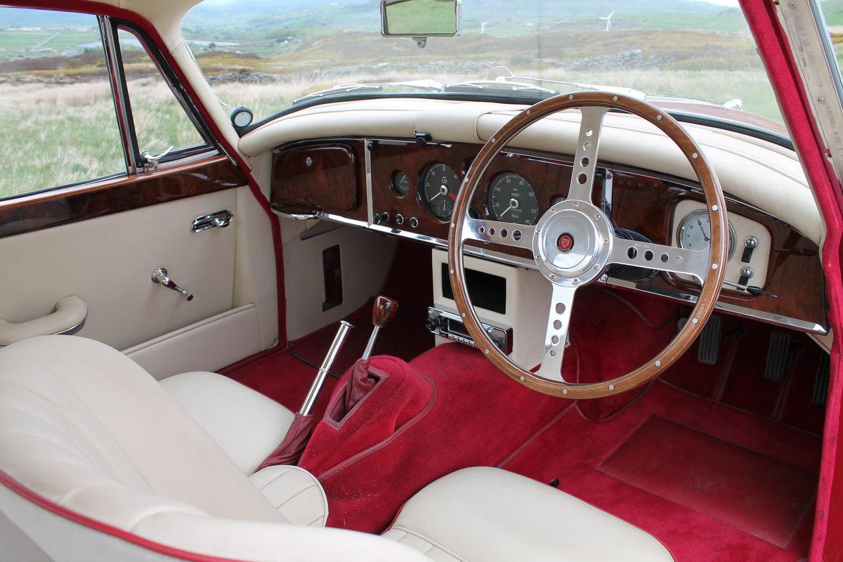 Freshly Restored 1958 Jaguar XK 150 FHC For Sale (picture 4 of 8)