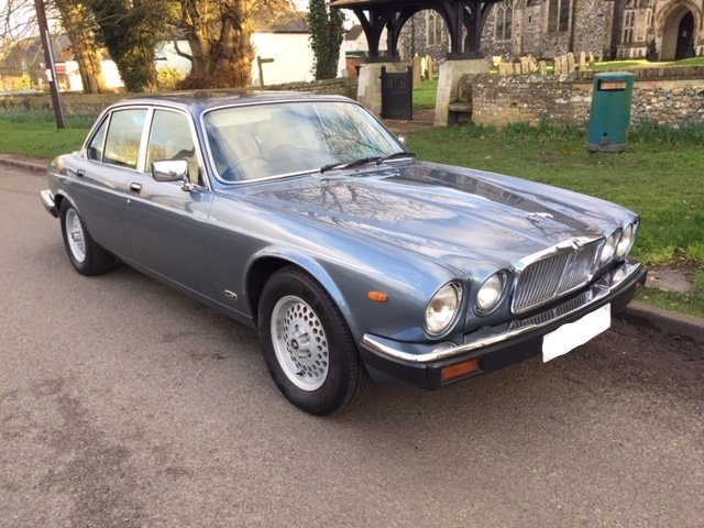 1986 Gorgeous XJ6 Series 3 Low Mileage For Sale (picture 1 of 6)