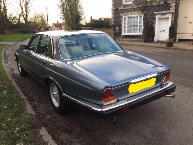 1986 Gorgeous XJ6 Series 3 Low Mileage For Sale (picture 3 of 6)