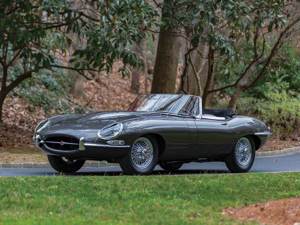 1961 Jaguar E-Type Series 1 3.8-Litre Roadster  For Sale by Auction (picture 1 of 6)