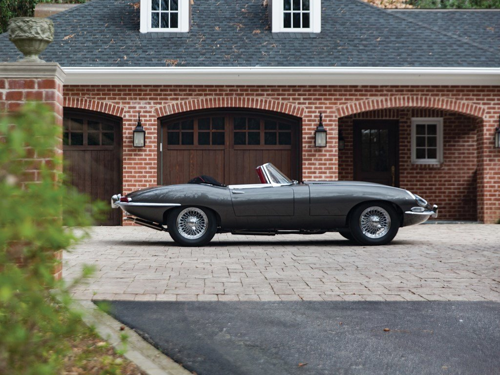 1961 Jaguar E-Type Series 1 3.8-Litre Roadster  For Sale by Auction (picture 5 of 6)