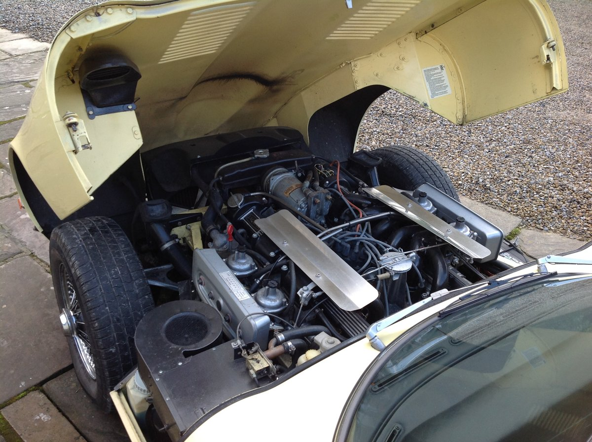 1972 Jaguar E-Type V12 Coupe ~ LHD For Sale (picture 5 of 6)