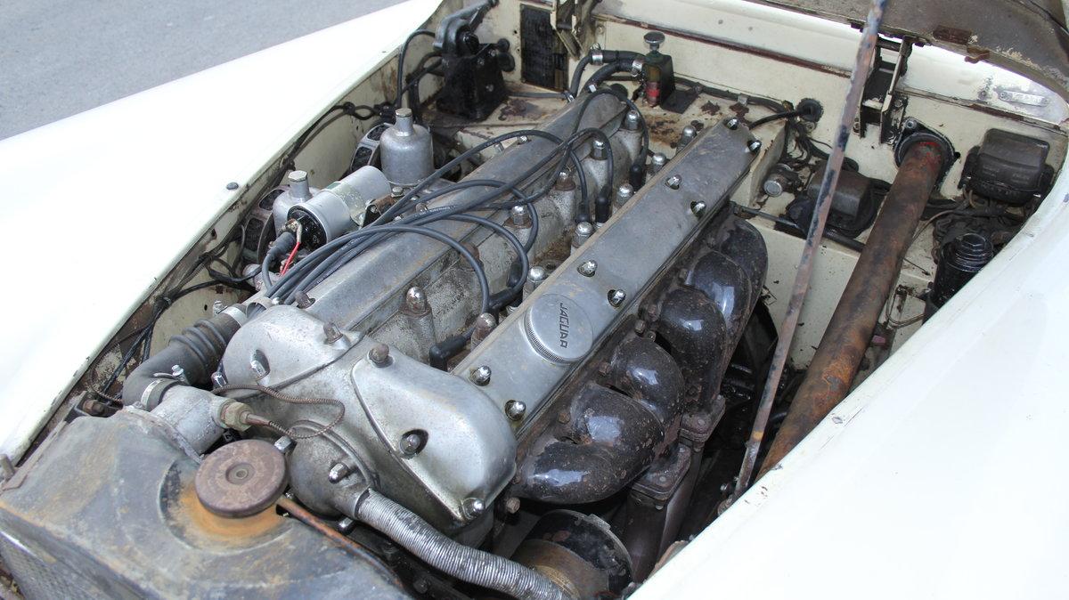 1954 Jaguar XK120 Roadster, Incredibly Original, Race History For Sale (picture 16 of 19)