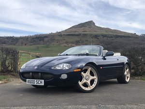 Picture of 2000 x JAGUAR XKR 4.0 CONVERTIBLE - 2 OWNERS, SUPER HISTORY SOLD