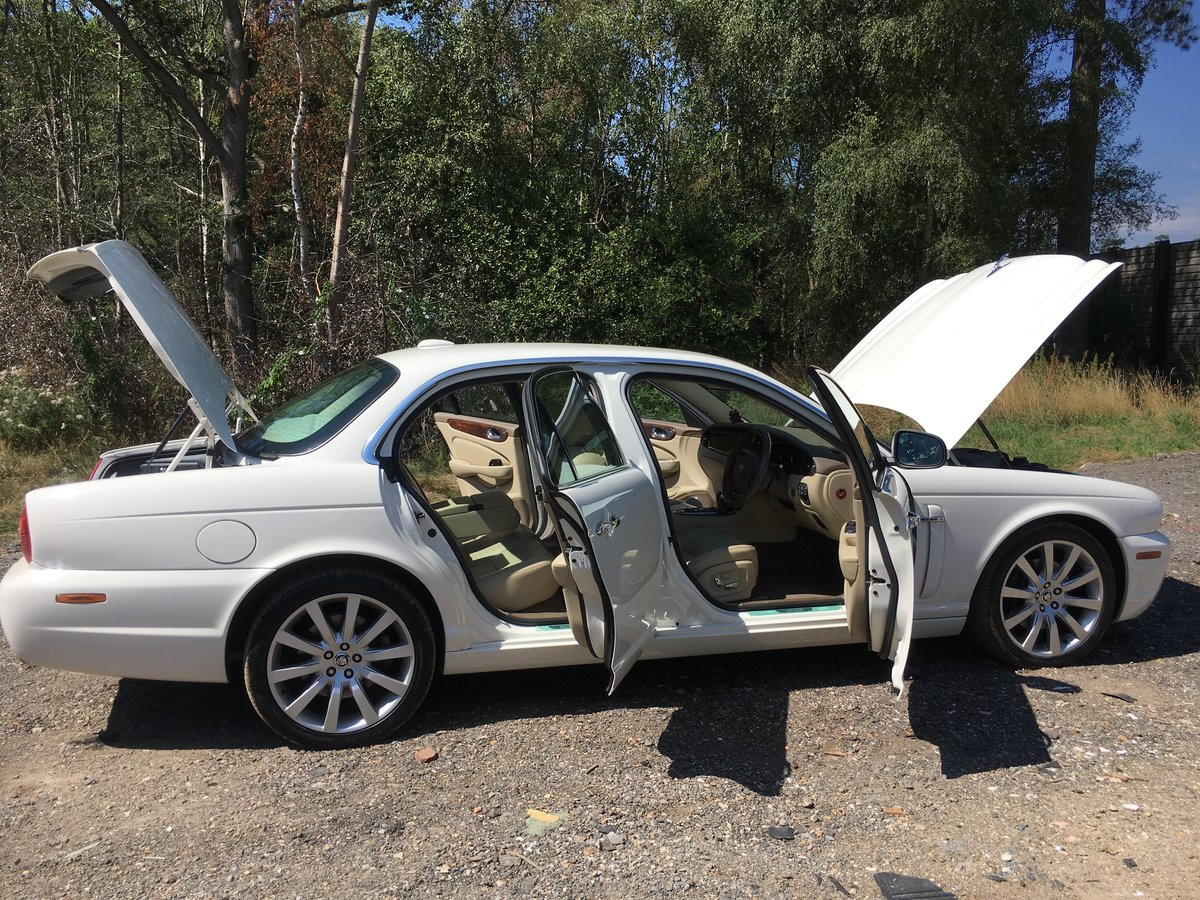 2007 Jaguar X358 3.0 Petrol 48k miles and perfect For Sale (picture 6 of 6)