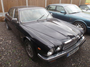 Jaguar XJ6 4.2 Series 3 Factory Black