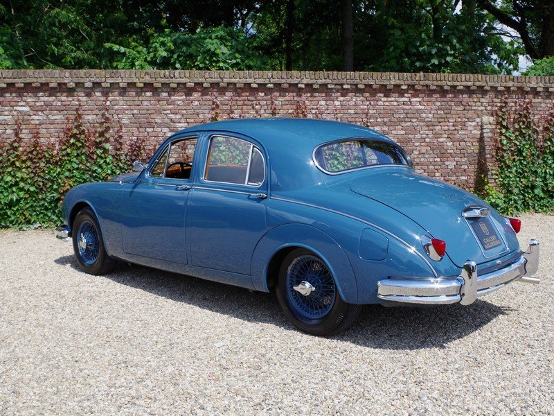 1958 Jaguar MK1 3.4 top restored condition, matching numbers and  For Sale (picture 2 of 6)