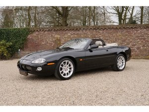 2001 Jaguar XKR 4.0 V8 Convertible With service history.