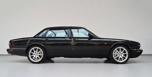 1998 WANTED - Jaguar XJR 4.0 V8 X308 - Must be immaculate.