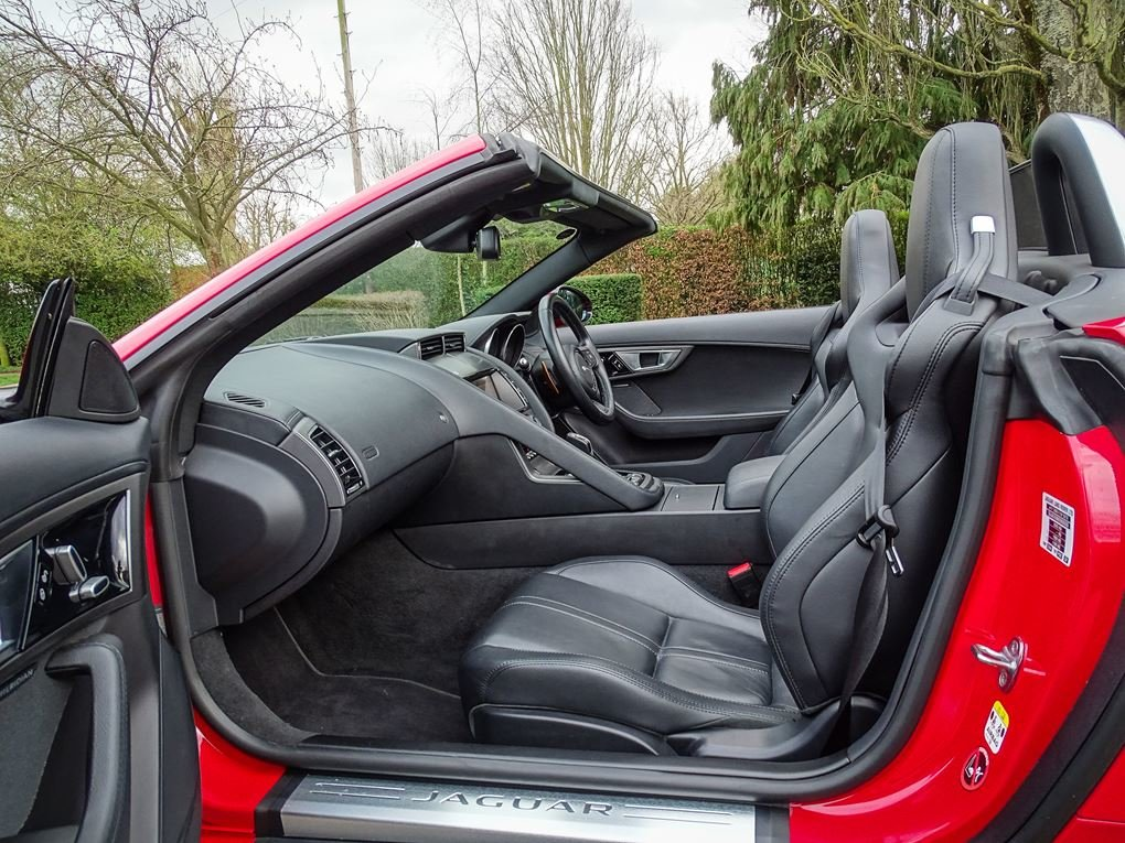 2013 Jaguar  F-TYPE  S 3.0 V6 SUPERCHARGED CABRIOLET 8 SPEED AUTO For Sale (picture 3 of 24)