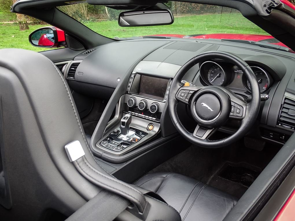 2013 Jaguar  F-TYPE  S 3.0 V6 SUPERCHARGED CABRIOLET 8 SPEED AUTO For Sale (picture 18 of 24)