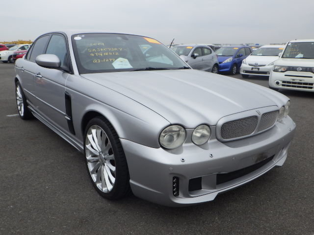 2003 Jaguar XJR 4.2 Supercharged 48k miles full WALD body styling For Sale (picture 1 of 6)