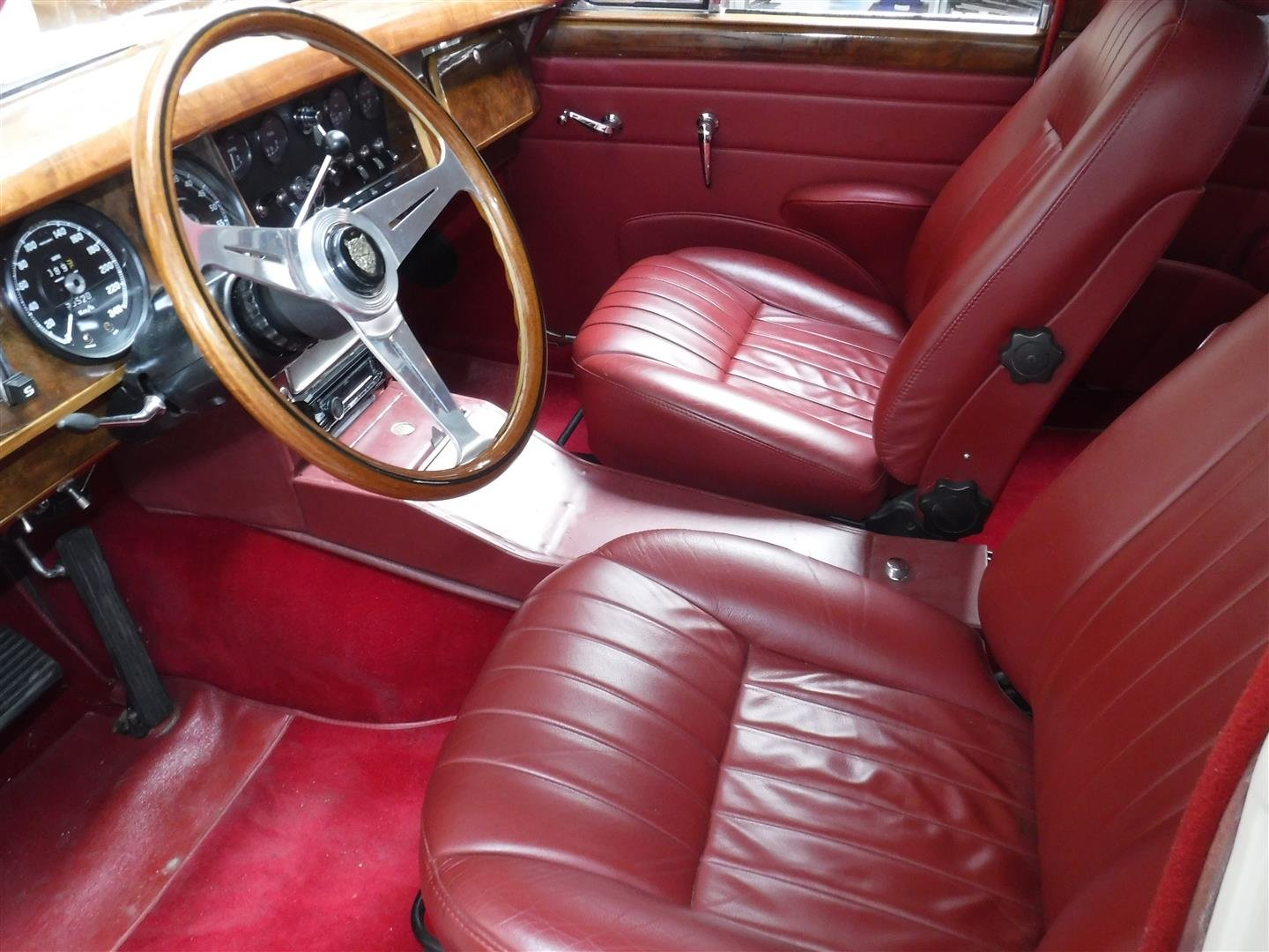 Jaguar MK2 1967 For Sale (picture 5 of 6)