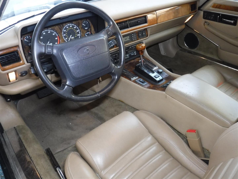 Jaguar XJS convertible 1994 For Sale (picture 2 of 6)