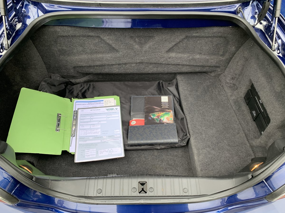 2004 JAGUAR KR CONVERTIBLE 4.2 V8 For Sale (picture 6 of 6)