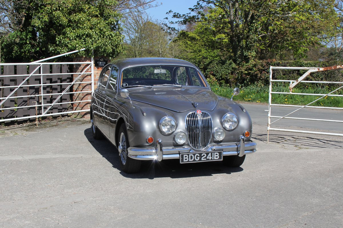 1964 Jaguar MkII 3.4 Manual O/D Full Re-Trim Immaculate all round For Sale (picture 1 of 20)