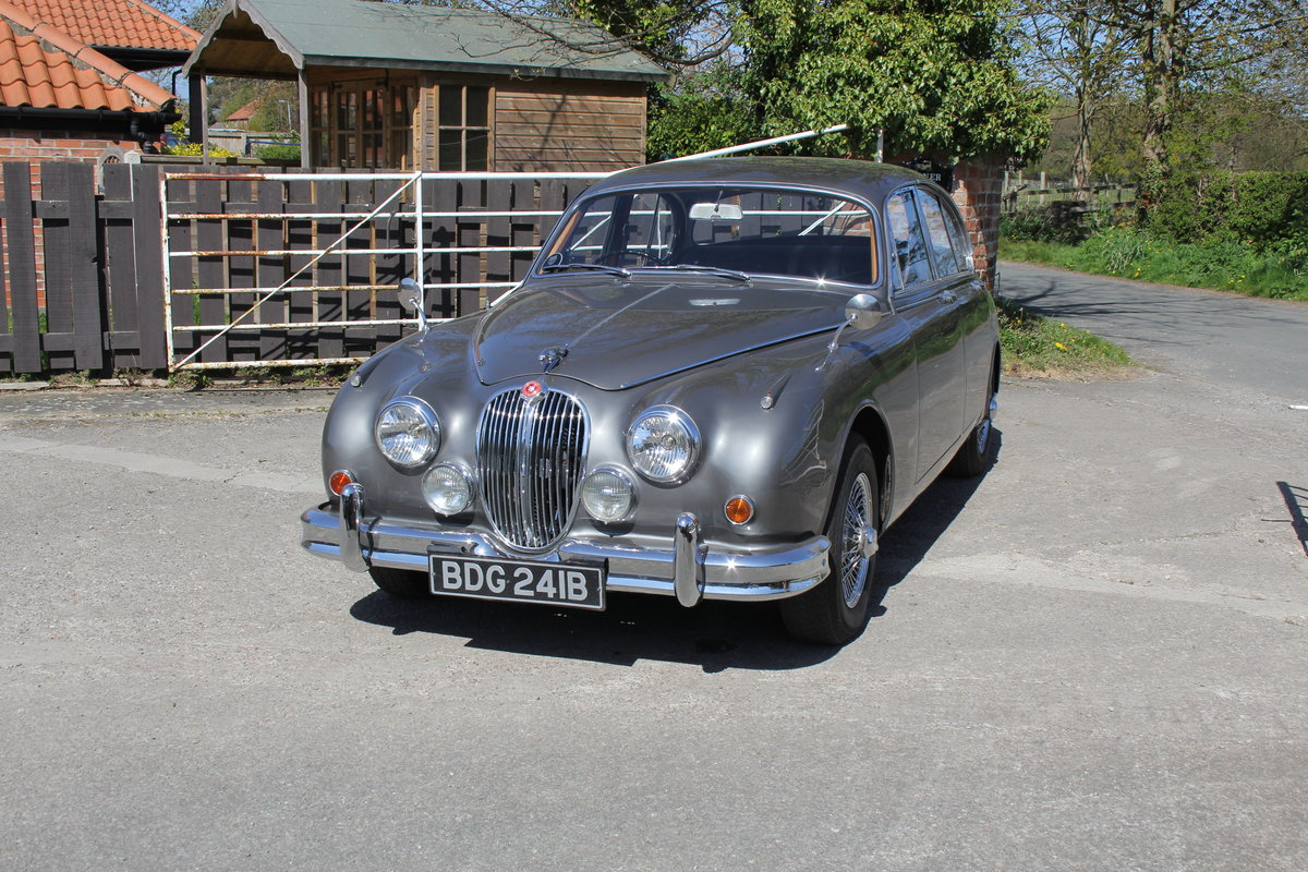 1964 Jaguar MkII 3.4 Manual O/D Full Re-Trim Immaculate all round For Sale (picture 3 of 20)