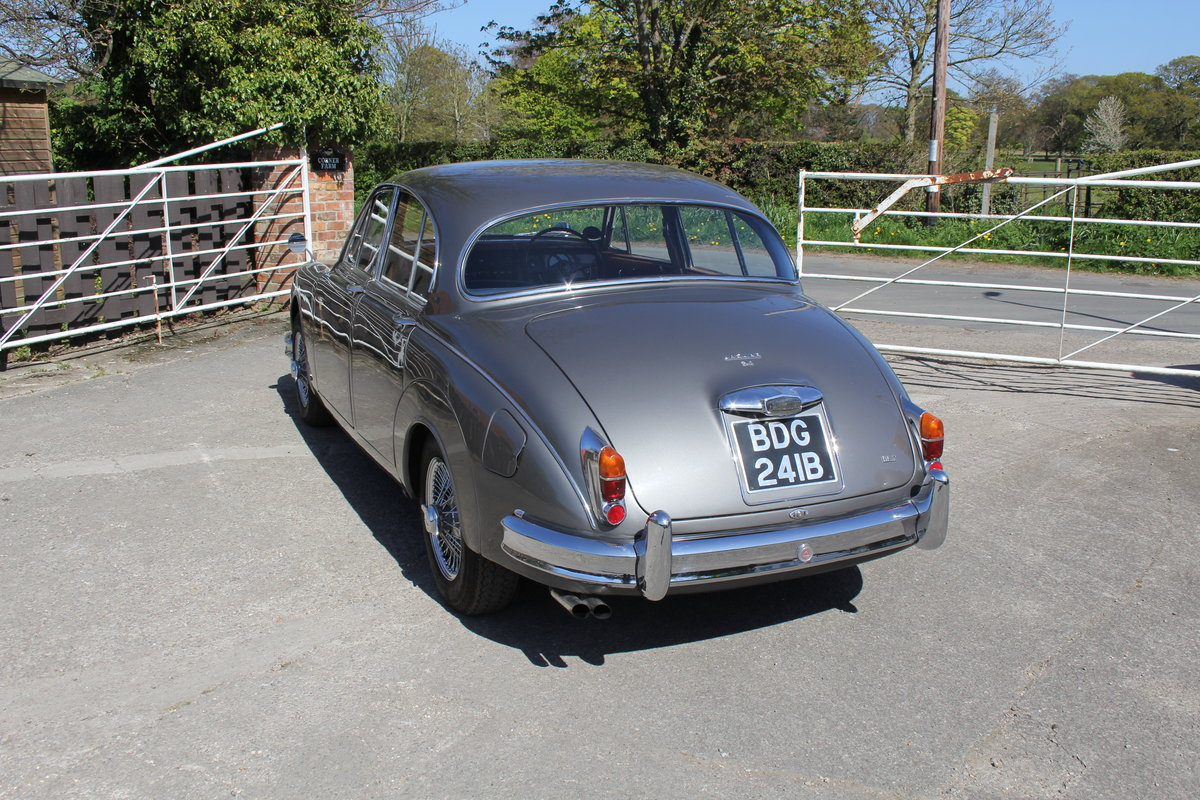 1964 Jaguar MkII 3.4 Manual O/D Full Re-Trim Immaculate all round For Sale (picture 4 of 20)
