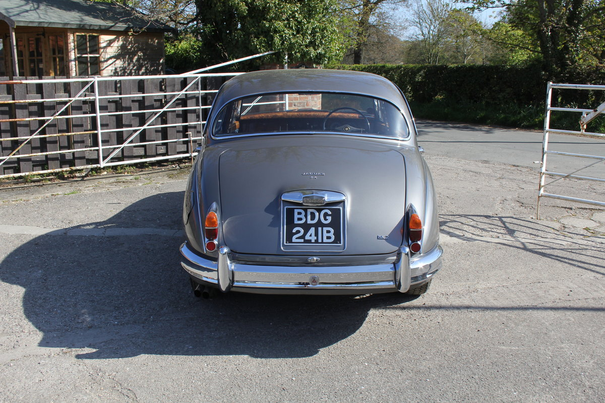 1964 Jaguar MkII 3.4 Manual O/D Full Re-Trim Immaculate all round For Sale (picture 5 of 20)