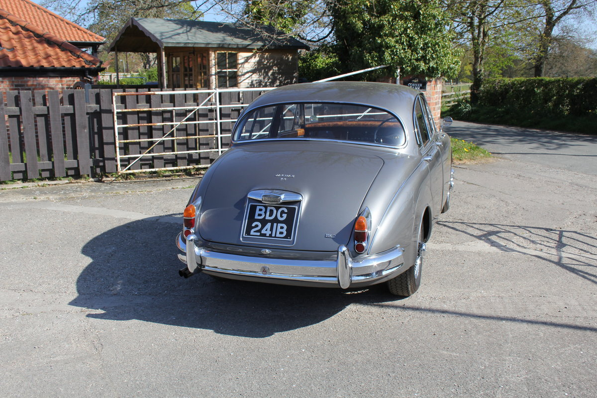 1964 Jaguar MkII 3.4 Manual O/D Full Re-Trim Immaculate all round For Sale (picture 6 of 20)