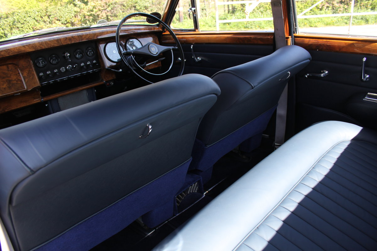 1964 Jaguar MkII 3.4 Manual O/D Full Re-Trim Immaculate all round For Sale (picture 16 of 20)