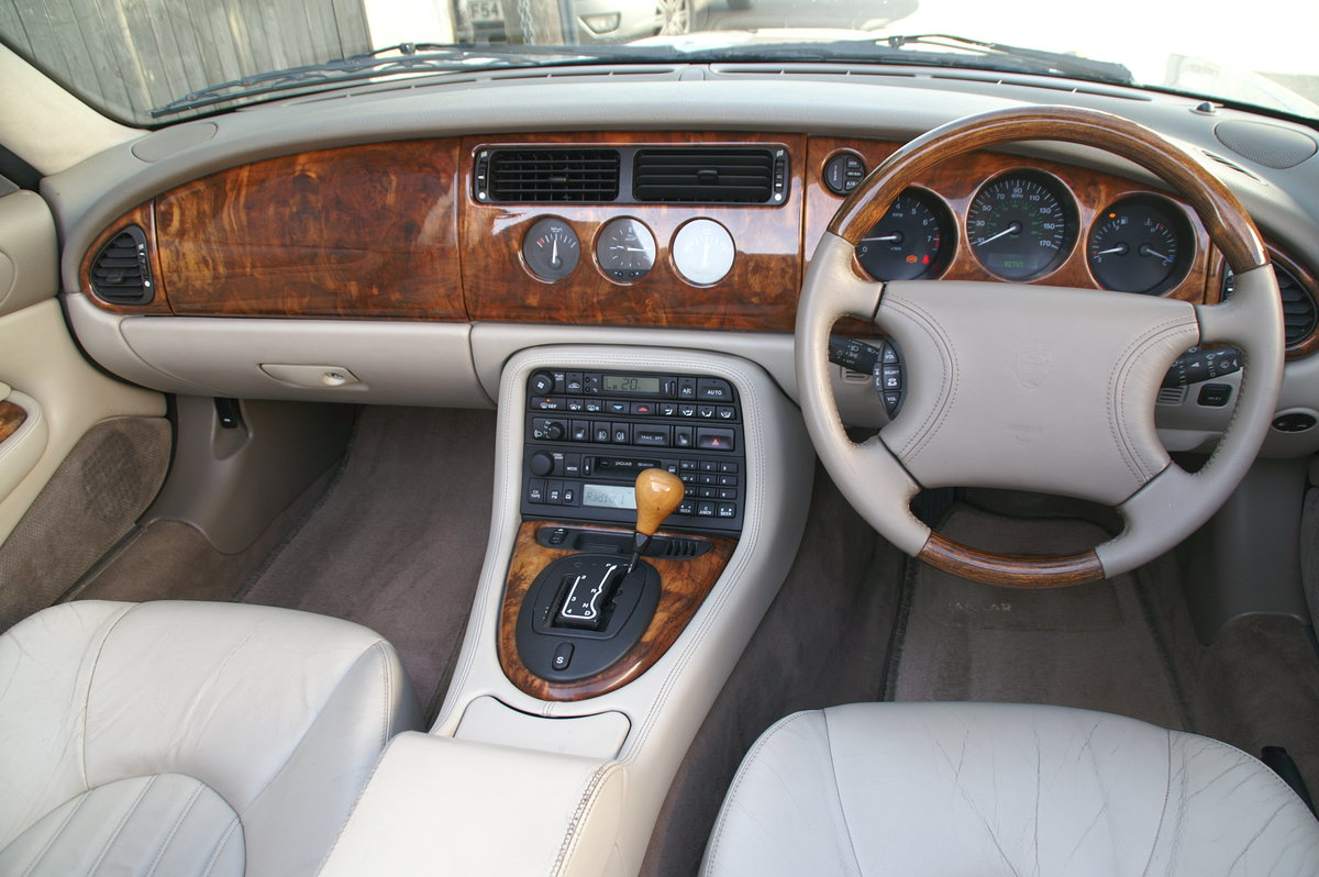 1999 Jaguar XK8 4.0 V8 Auto Convertible SOLD (picture 3 of 6)