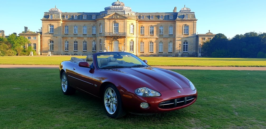 Original 2000 LHD Jaguar XK8 4.0 V8, Left hand drive For Sale (picture 1 of 6)