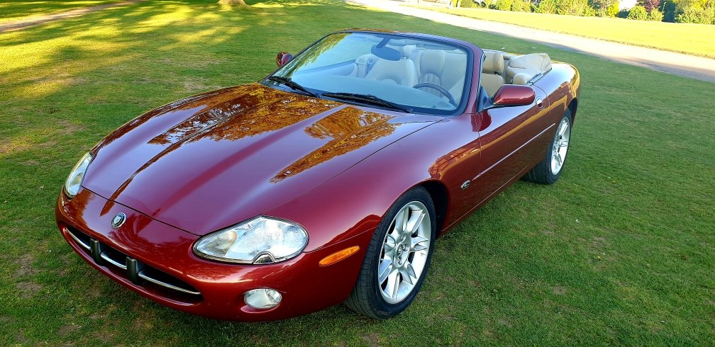 Original 2000 LHD Jaguar XK8 4.0 V8, Left hand drive For Sale (picture 2 of 6)
