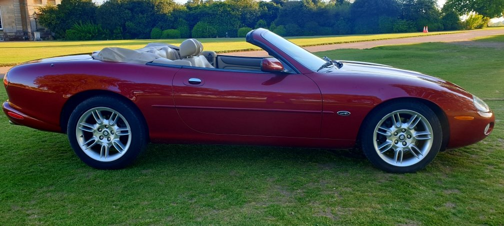 Original 2000 LHD Jaguar XK8 4.0 V8, Left hand drive For Sale (picture 4 of 6)