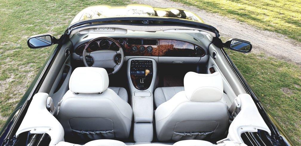 Original 2001 LHD Jaguar XK8 4.0 V8, LEFT HAND DRIVE For Sale (picture 5 of 6)