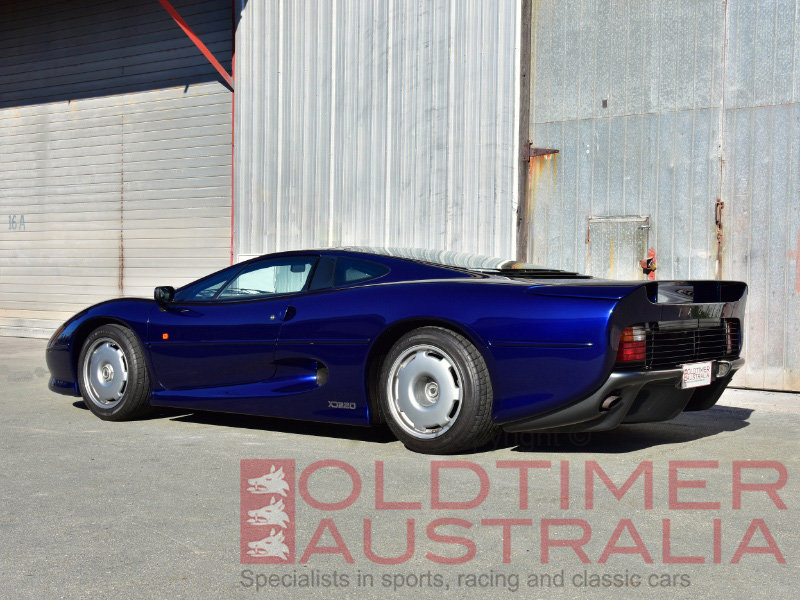 1993 Jaguar XJ220 For Sale (picture 2 of 6)