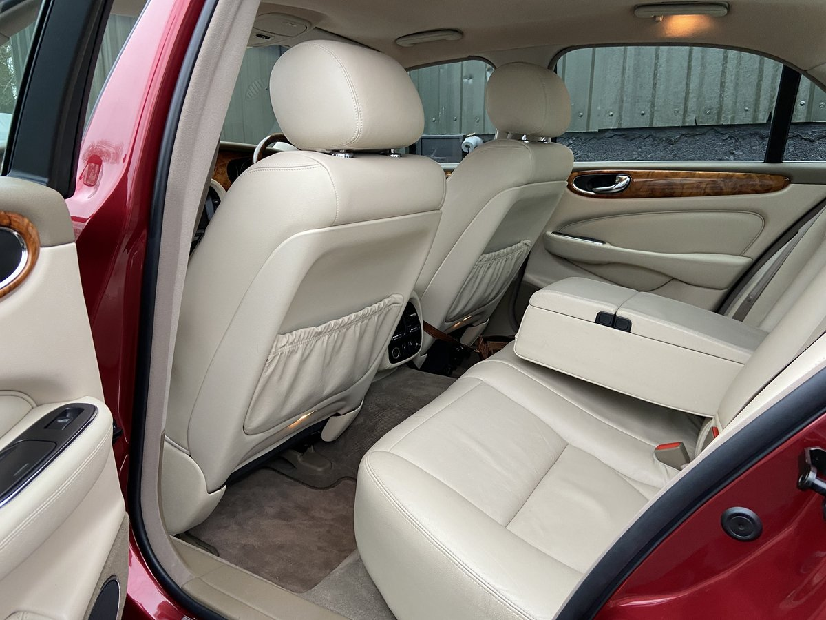 2007 Jaguar X356 Executive 4.2 V8 52k miles only For Sale (picture 5 of 6)