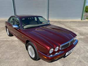 1998 Jaguar XJ8 Sovereign 3.2 V8 For Sale