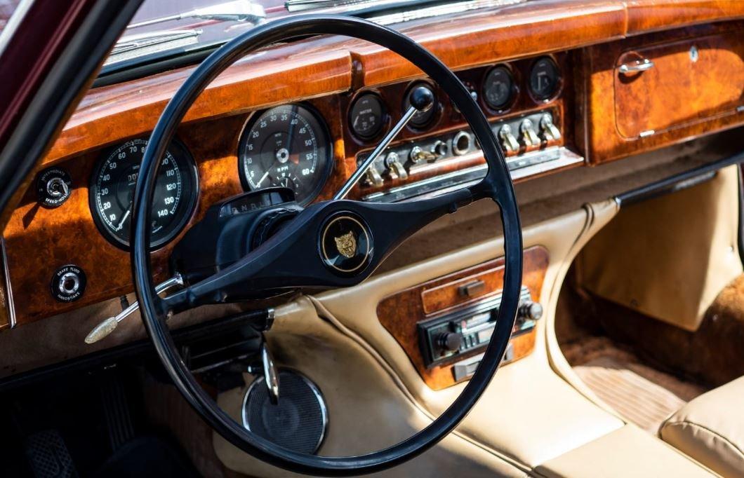 1963 Jaguar MK10 For Sale (picture 5 of 6)