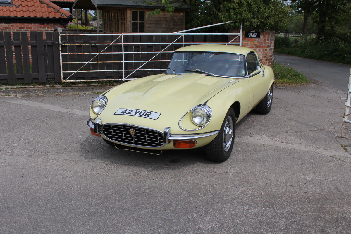 1973 Jaguar E-Type Series III V12 Roadster, 9,920 miles, 1 owner For Sale (picture 3 of 24)