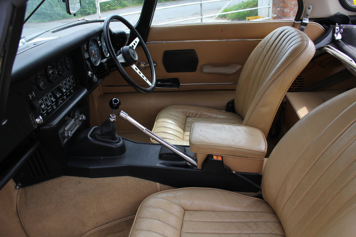 1973 Jaguar E-Type Series III V12 Roadster, 9,920 miles, 1 owner For Sale (picture 11 of 24)