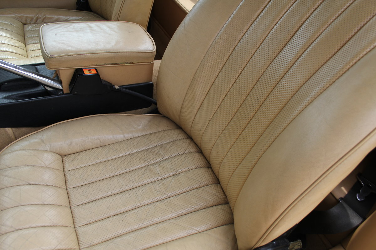 1973 Jaguar E-Type Series III V12 Roadster, 9,920 miles, 1 owner For Sale (picture 23 of 24)