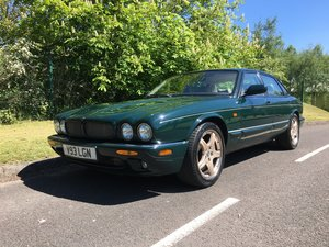Jaguar XJR 376BHP V8 Supercharged Rare Colour