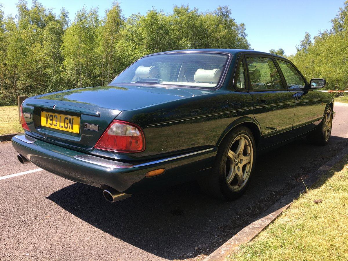 2000 Jaguar XJR 376BHP V8 Supercharged Rare Colour For Sale (picture 3 of 6)