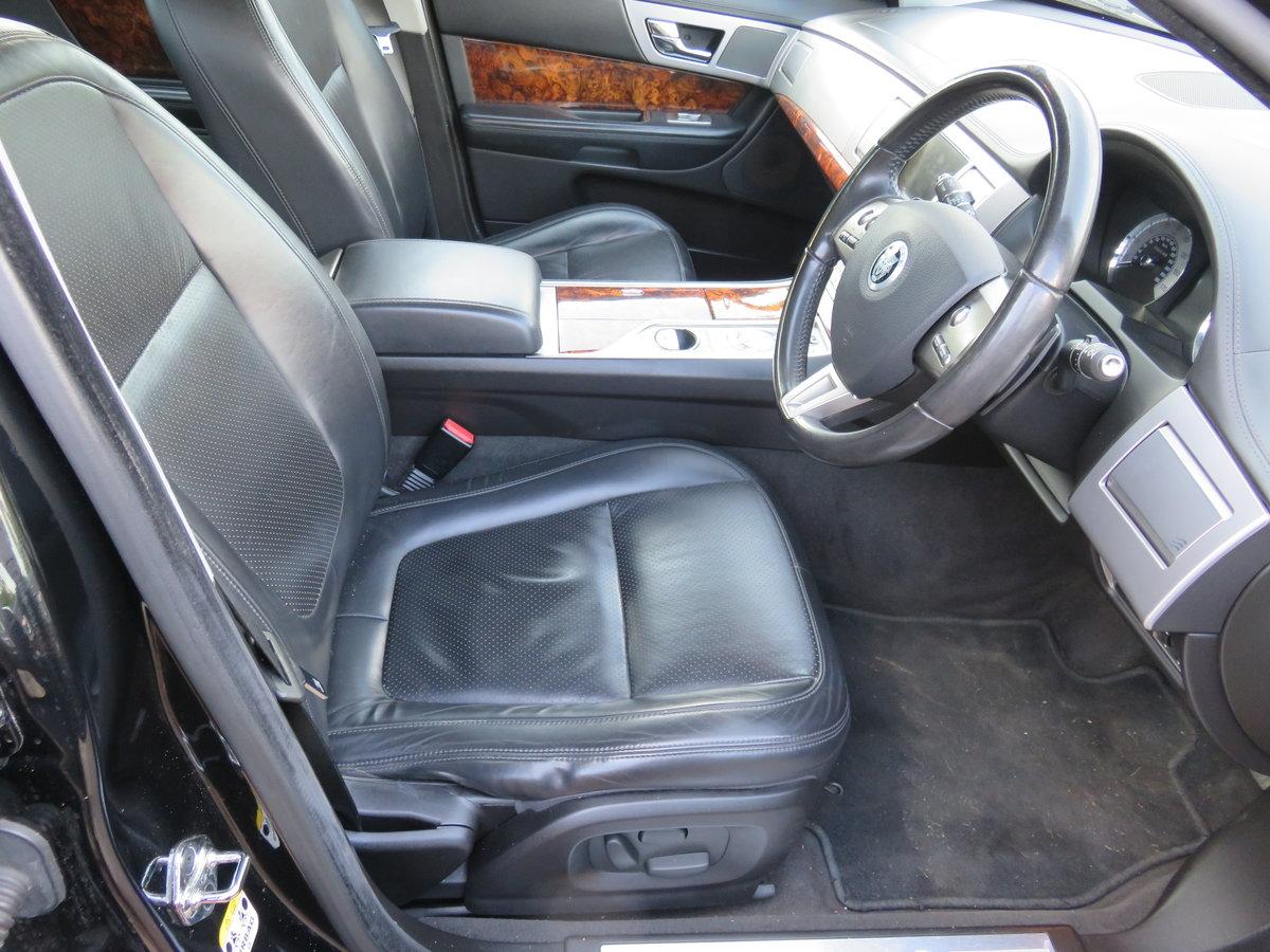 2010 Jaguar XF Premium Luxury V6 3.0 Litre Diesel For Sale (picture 3 of 6)