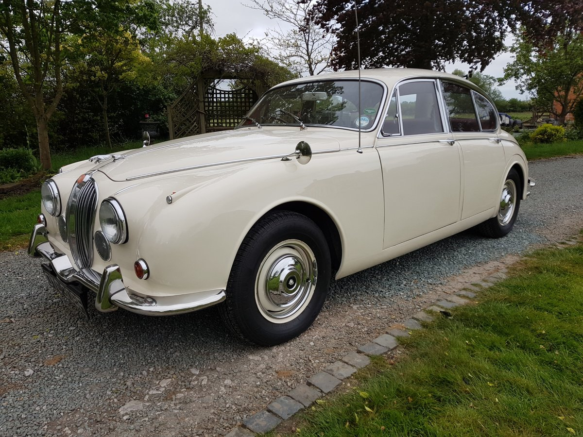 1967 Stunning MK 2 3.4 Jaguar in Old English White SOLD (picture 2 of 6)