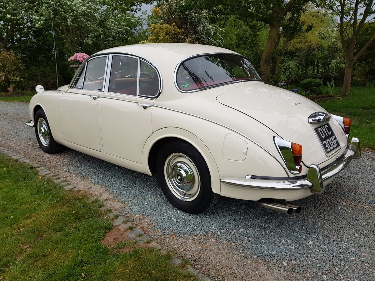 1967 Stunning MK 2 3.4 Jaguar in Old English White SOLD (picture 3 of 6)