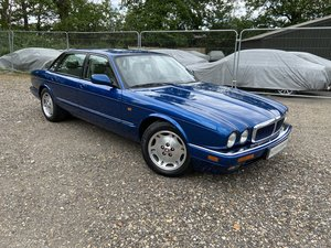 Jaguar XJ6 3.2  X300 only 58k miles with complete  history