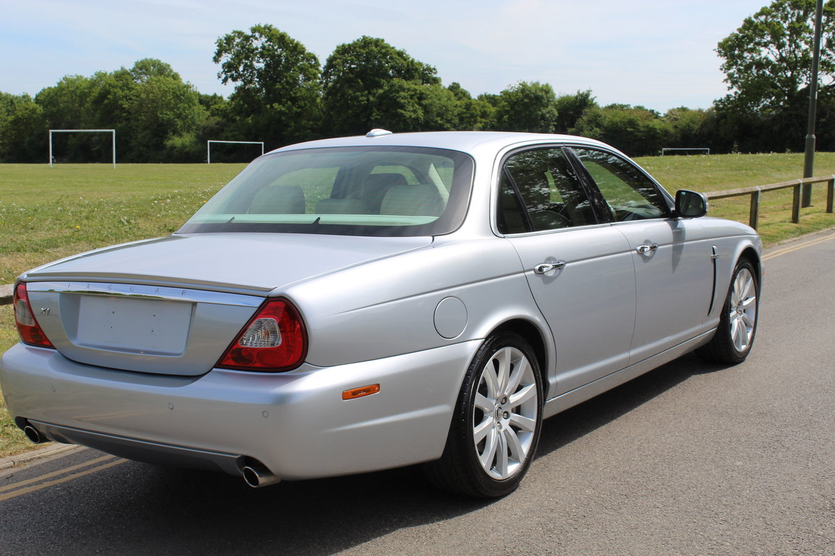 2009 STUNNING XJ X358 Facelift 3.0 Executive For Sale (picture 2 of 6)