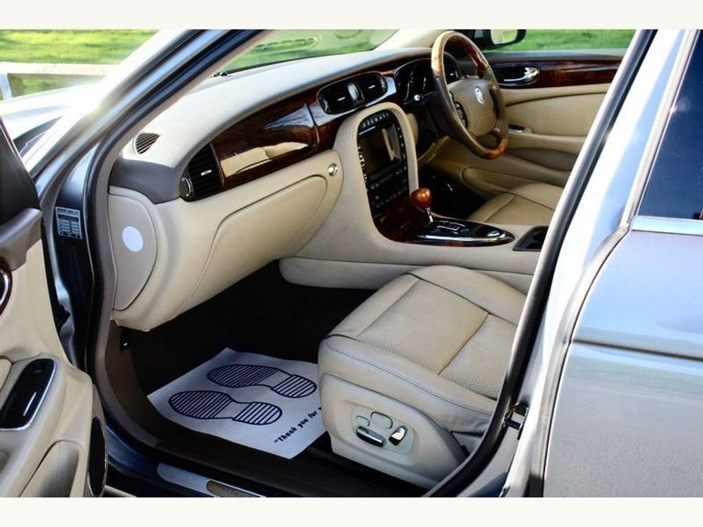 2007 Beautiful Jaguar XJ 4.2 Executive X358   For Sale (picture 5 of 6)