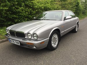 Jaguar 3.2 XJ8 2 owner car