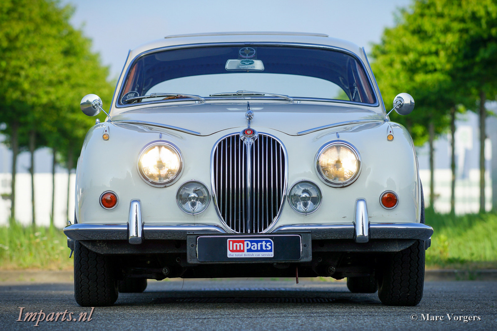 Jaguar Mk2 (240) manual Overdrive 1968 For Sale | Car And ...